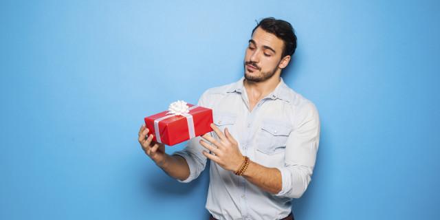 San Valentino: 9 Regali Originali per il Vostro Lui a Meno di 50 euro
