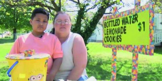 Vendere Limonata Per Pagarsi L'Adozione. La Storia Che Ha Commosso L'America