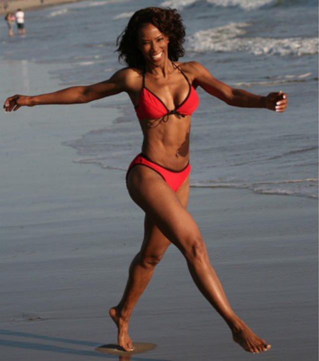 wendy 64 anni fisico da quarantenne