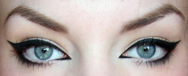 Eyeliner cat eye