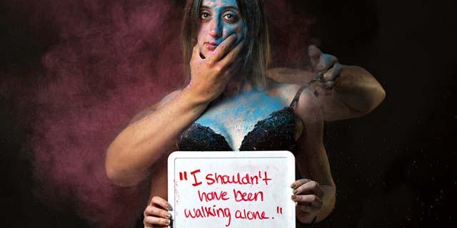 Scatti gridare donne stuprate vittime colpevoli