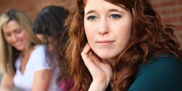 Sconfiggere la timidezza: bloccare i pensieri negativi
