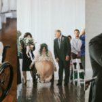 La storia vera di Jacquie: paralizzata, commuove tutti camminando il giorno del suo matrimonio