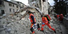 Terremoto: ecco come puoi aiutare davvero chi è stato colpito dal sisma nel Centro Italia