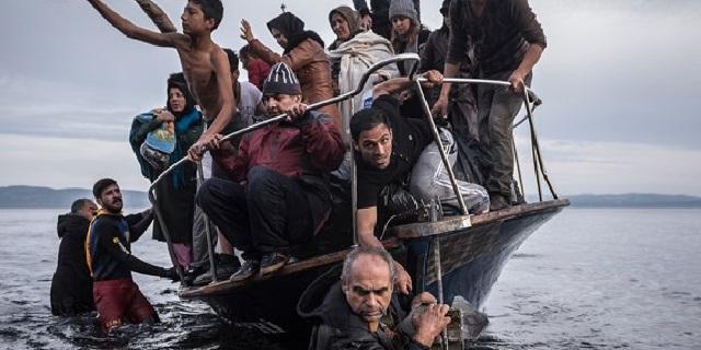 Fonte: Arrivo di migranti a Lesbo. Sergey Ponomarev