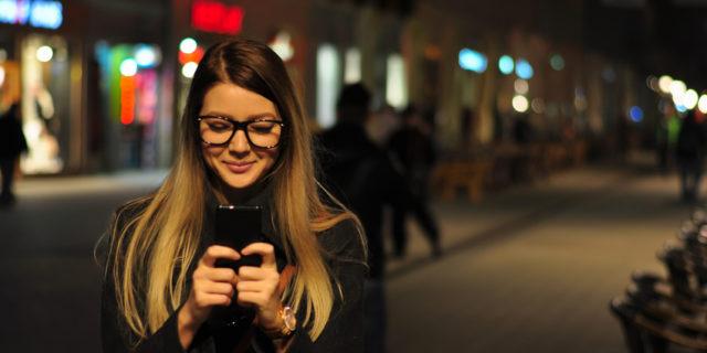 Germi e dna, tutti i segreti che lo schermo del tuo telefono svela di te