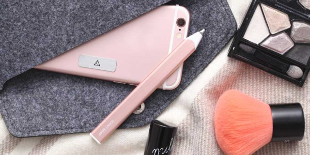 Arriva Snap, la penna per scattare i selfie e modificare le foto: quanto costa e dove si acquista