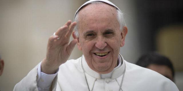 """Papa Francesco: """"Figli gay vanno accolti e non condannati"""""""