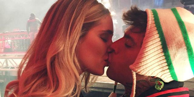 """Chiara Ferragni è incinta! Lo scherzo di Fedez alla """"suocera"""" in un video"""