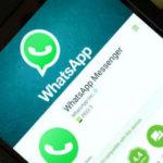 WhatsApp, in arrivo grandi novità: videochiamate di gruppo e adesivi