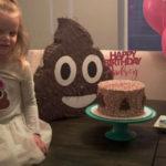 """""""Perché ho realizzato per la mia bambina una festa a tema... cacca"""""""