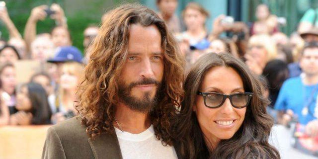 """""""Riposa in pace. So che verrai a cercarmi..."""", le parole della moglie a Chris Cornell"""