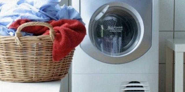 Come pulire la lavatrice: 4 rimedi fai da te super efficaci