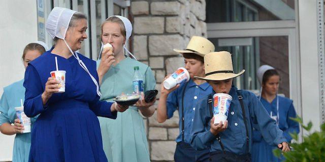 Se anche gli amish usano l'iPhone e mangiano da McDonald's