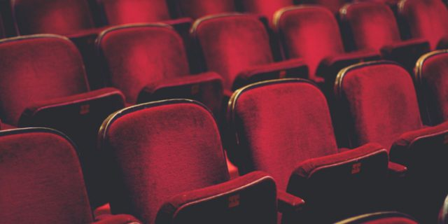 Andare a teatro