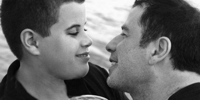 Gli auguri di John Travolta al figlio Jett, morto 10 anni fa