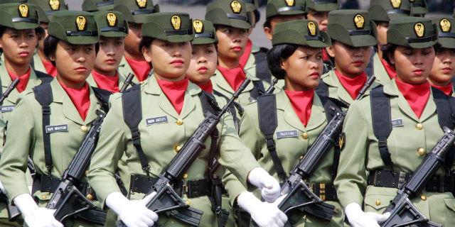 Il test della verginità sulle donne soldato: una pratica devastante ancora in uso