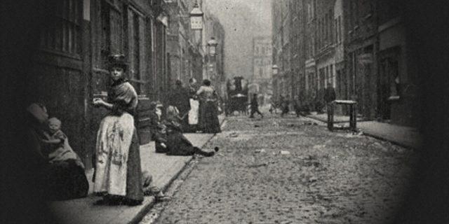 Dalla masturbazione alle foto con i morti: 18 fatti reali dell'epoca vittoriana