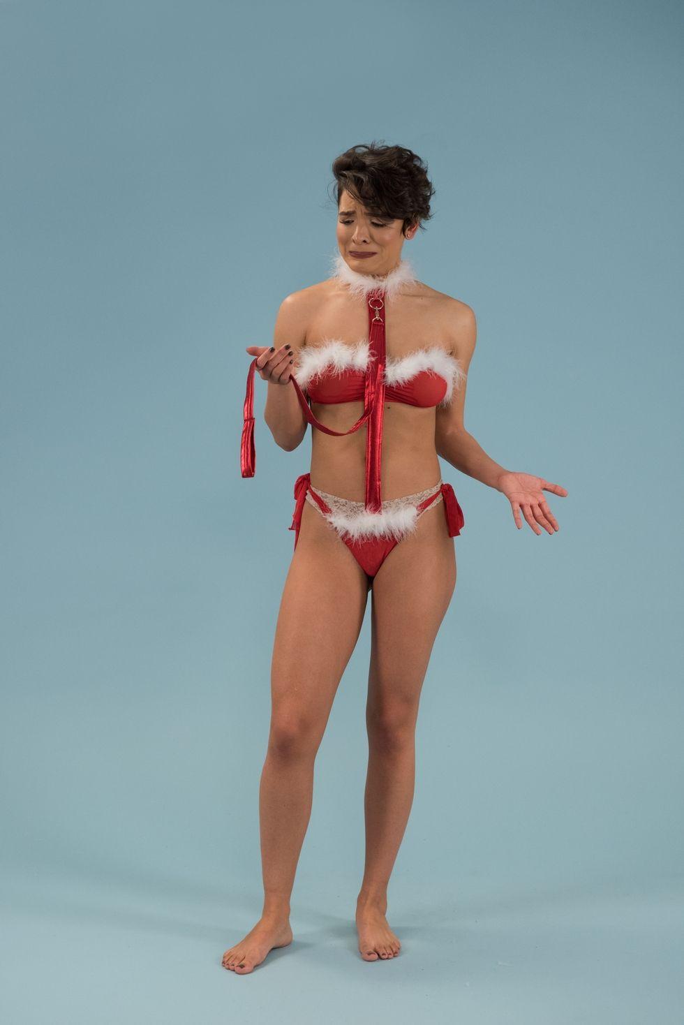 I commenti di 5 donne normali che hanno provato la lingerie sexy natalizia