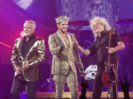 La responsabilità di essere il sostituto di Freddie Mercury: chi è Adam Lambert