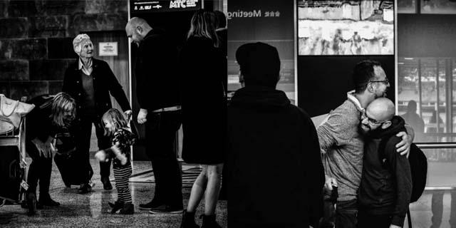 Tra lacrime e abbracci: le foto più belle degli arrivi in un aeroporto