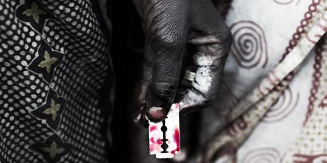 """""""Mi hanno immobilizzata e circoncisa"""": 8 terribili storie di infibulazione"""