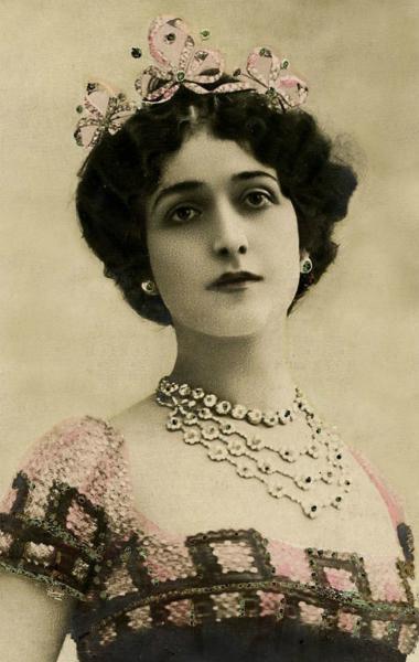 """Lina Cavalieri, la """"donna più bella del mondo"""" che diede """"il bacio più bello"""""""