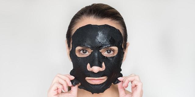 Maschera peel off nera - black mask