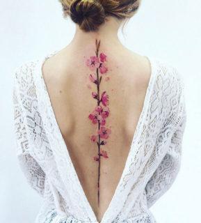20 tatuaggi sulla spina dorsale per persone audaci