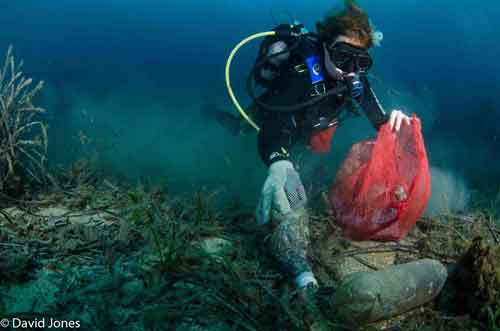 Il pianeta di plastica: come stiamo uccidendo la nostra terra