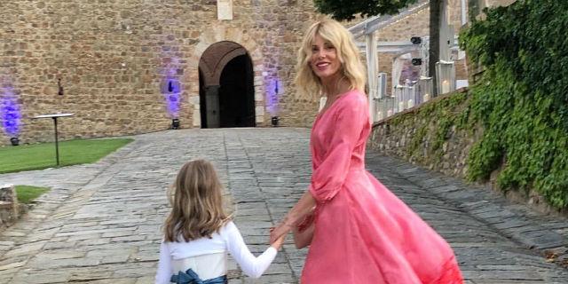 Perché è normale se Alessia Marcuzzi è la testimone della sposa del suo ex