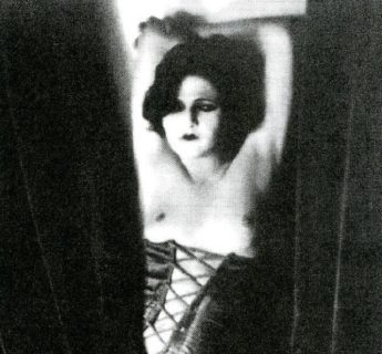 """""""La danza della depravazione"""" di Anita Berber, la ballerina che ballava a seno nudo"""