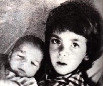 Alfredino Rampi, il bambino che morì nel pozzo e il destino crudele del fratello