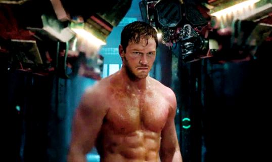 """Chris Pratt: storia di uno """"sfigato"""" diventato sex symbol"""
