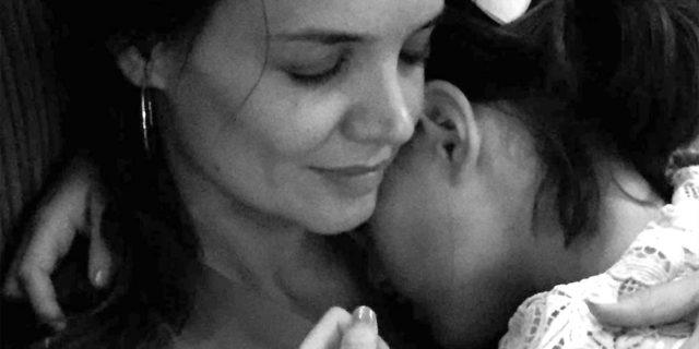 I teneri auguri di Katie Holmes per i 15 anni della figlia Suri Cruise