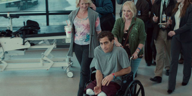 Stronger, l'uomo che perse le gambe aspettando il suo amore alla maratona di Boston