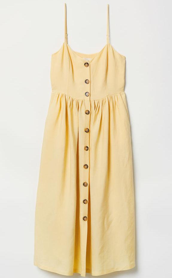 01989aaf1e Tessuto misto lino, color giallo chiaro, questo abito è perfetto per le  vostre giornate da turista a spasso per borghi italiani e non.