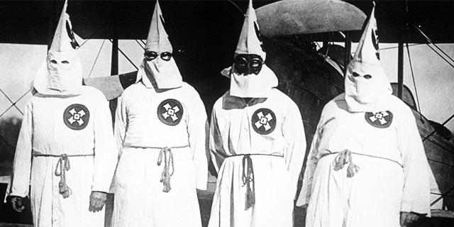 Bambini linciati e impiccati e i 15 peggiori crimini del Ku Klux Klan