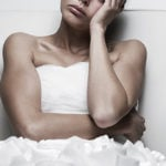 "Cos'è il post wedding blues e come si supera la ""depressione post matrimonio"""