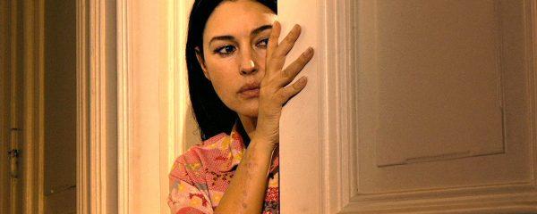 """Monica Bellucci: """"Alla mia età mordo la vita, non penso agli anni che passano"""""""