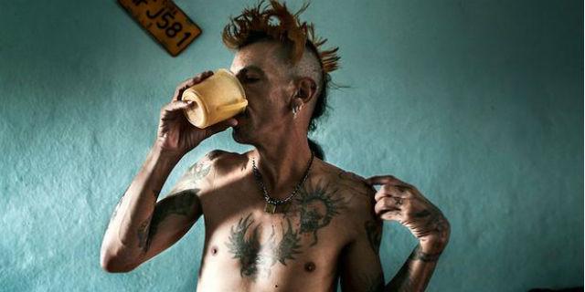 Chi sono i Frikis, i punk cubani che scelsero d'infettarsi con l'HIV per protesta
