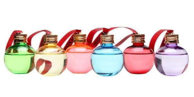 Le palline di Natale alcoliche, il regalo che non ti aspetti (e che apprezzerai)