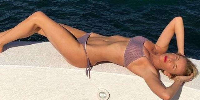 Bikini bridge, 15 foto di star e un dilemma: libertà o sessismo?