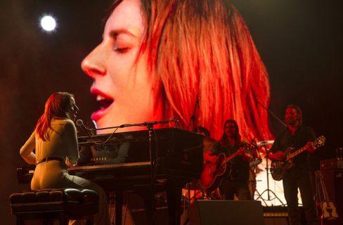 """""""A star is born"""": il coraggio di essere Lady Gaga senza trucco"""