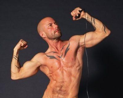 La bellezza unica di 9 uomini trans che una volta erano donne
