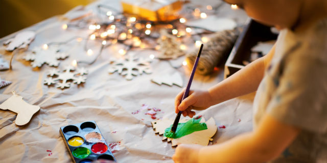 Decorazioni Natalizie Fai Da Te Semplici.Lavoretti Di Natale Fai Da Te 11 Idee Per Bambini E Adulti Roba