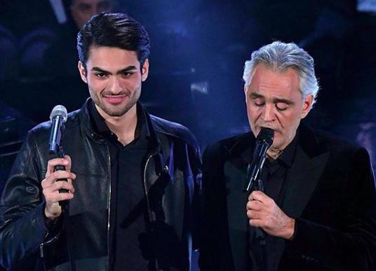 Chi è Matteo Bocelli, le passioni del figlio di Andrea che duetta con papà