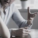 La violenza economica di cui non si parla e impedisce alle donne di ricominciare