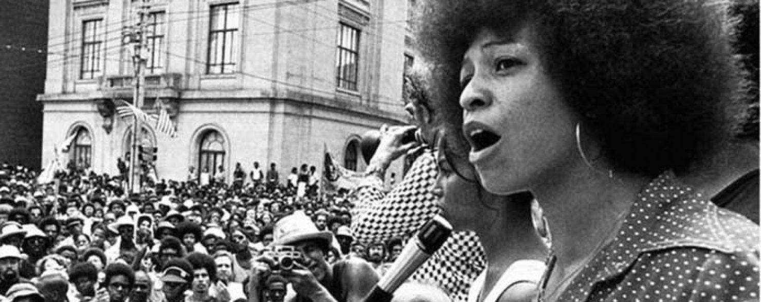 """Essere una """"donna lesbica nera"""": la lotta di Barbara Smith e Angela Davis"""