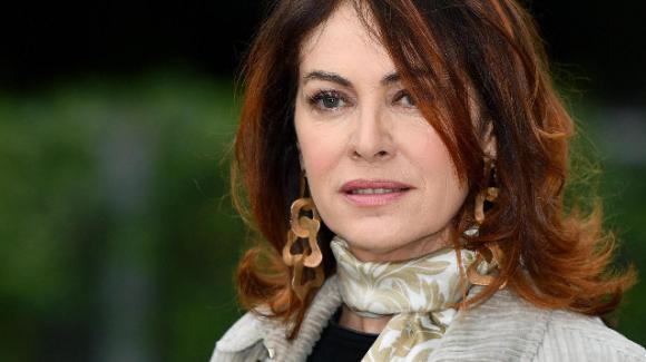 """Elena Sofia Ricci e quel trauma nascosto per 45 anni: """"Io, abusata appena dodicenne"""""""